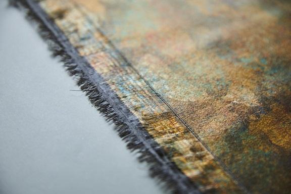 引箔技法を用いた西陣織