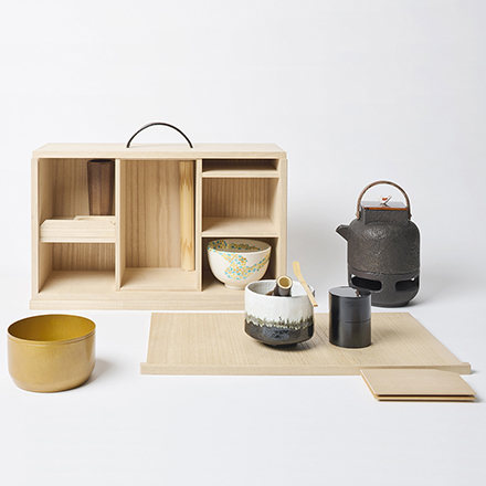 京指物の箱にミニ茶釜の入った 野点セット